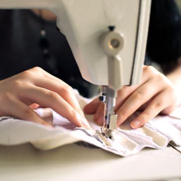 Tailor uniform keeper / Croitor